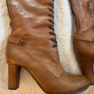 Sam Edelman lace up boots size 9